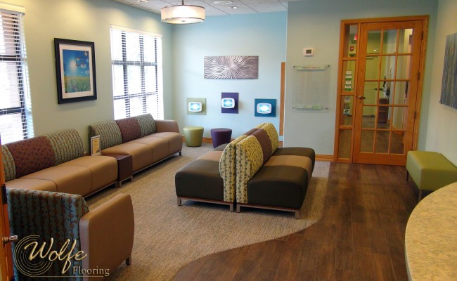 07 Waiting Room Sitting Area – Linear Commercial Carpet and Porcelain Wood Tile