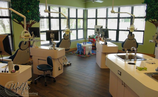 11 Cleaning Stations – Porcelain Wood Tile