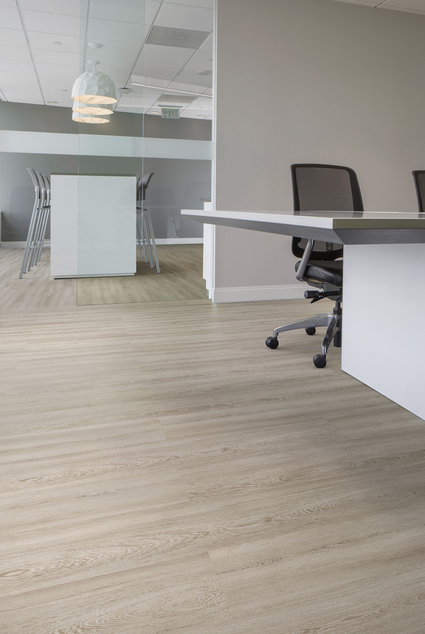 Durkan Select's Centrato LVT (Color: Calypso 718) in a Conference Room